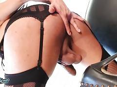 Jessy Dubai is a gorgeous transgirl with a smoking hot body, big boobs, a juicy round ass and a big hard uncut cock! Watch this sexy Grooby girl as she shakes her ass and strokes her hard cock!