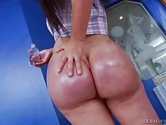 Latina Tranny Nicole Montero solo masturbation